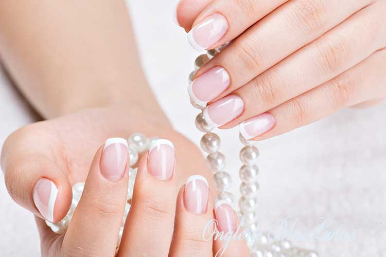 nail french manucure